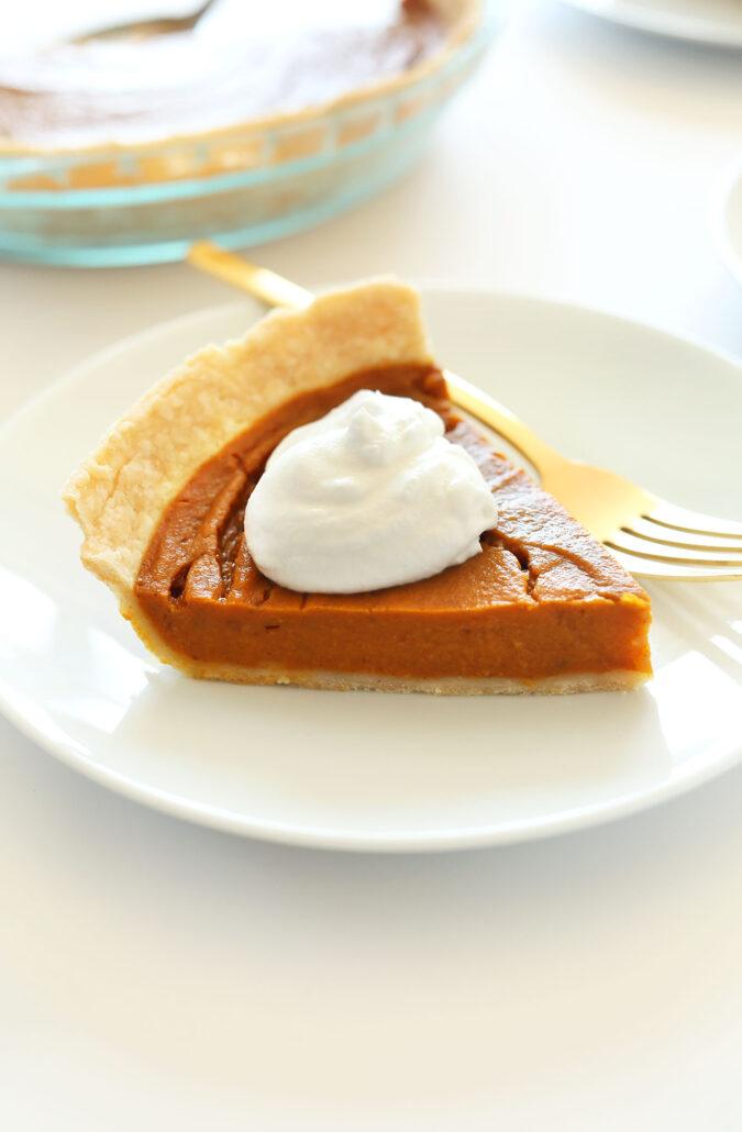 MLW Thanksgiving Recipe - THE-BEST-Vegan-Gluten-Free-Pumpkin-Pie-10-ingredients-simple-methods-SO-delicious